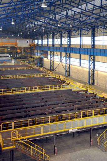 le stockage des matériaux dans l'usine sidérurgique Ascoval